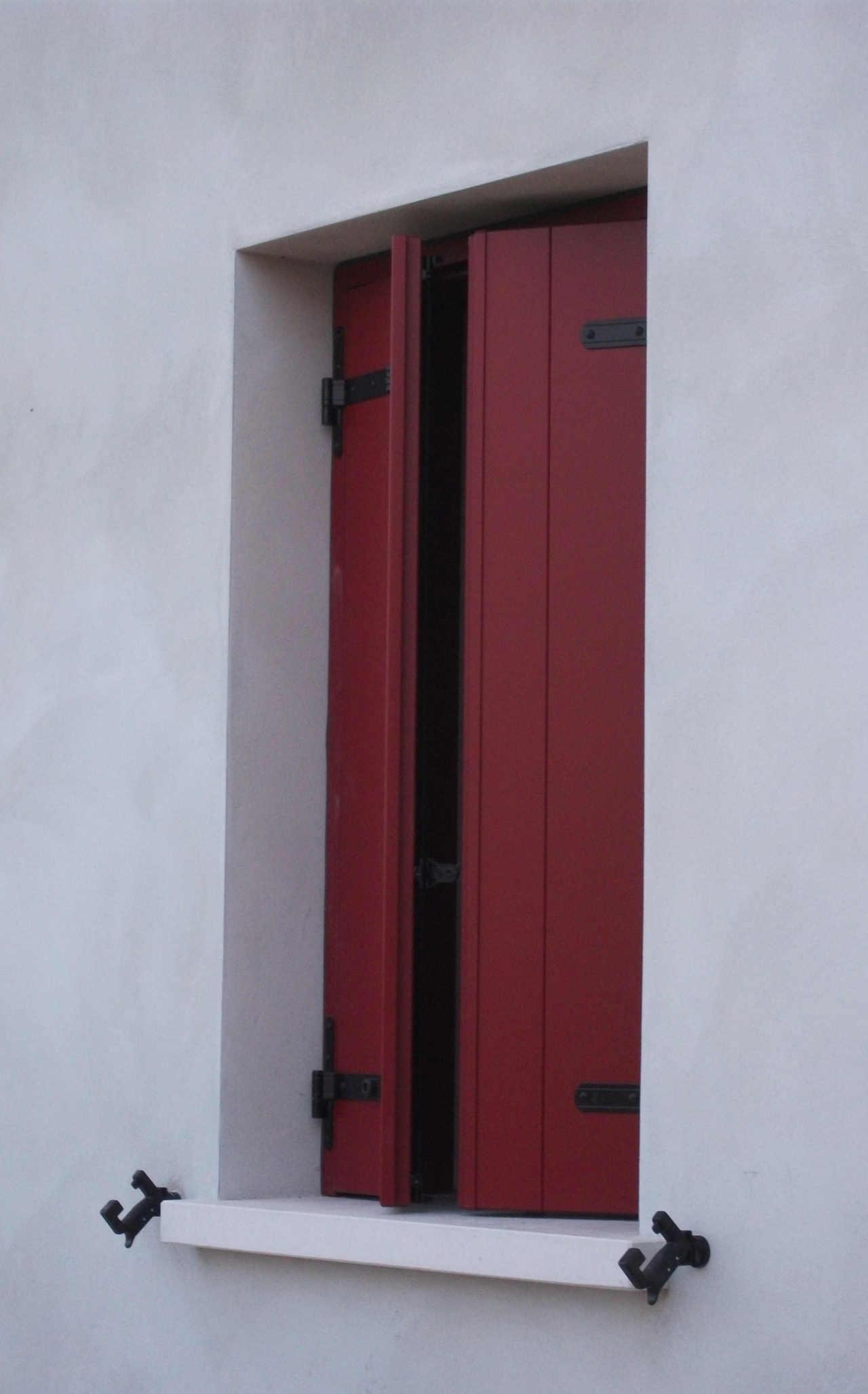 Contatti Ufficio Linea Emme Serramenti Realizzazioni In Pvc Finestre E Porte 14