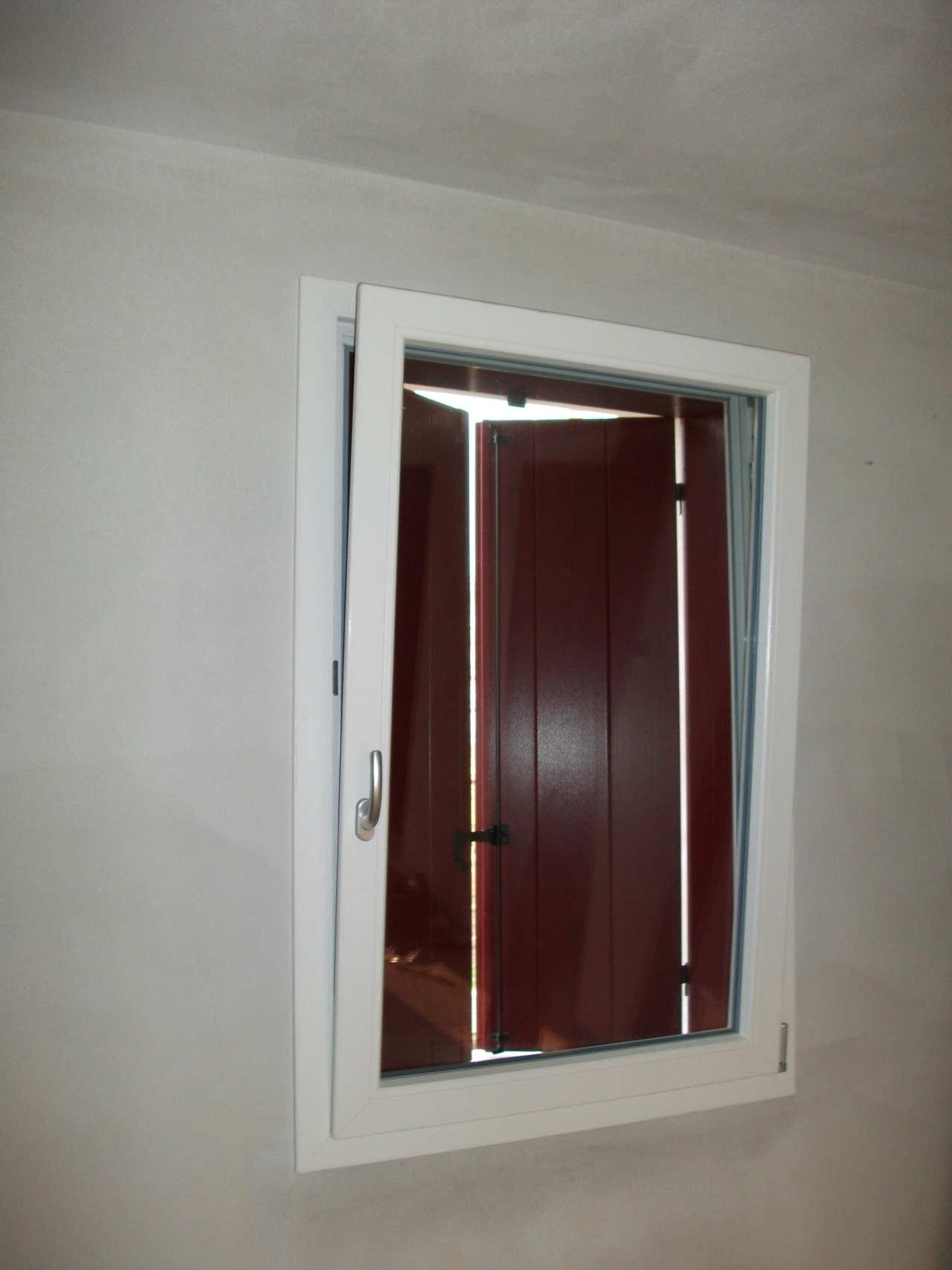 Contatti Ufficio Linea Emme Serramenti Realizzazioni In Pvc Finestre E Porte 18