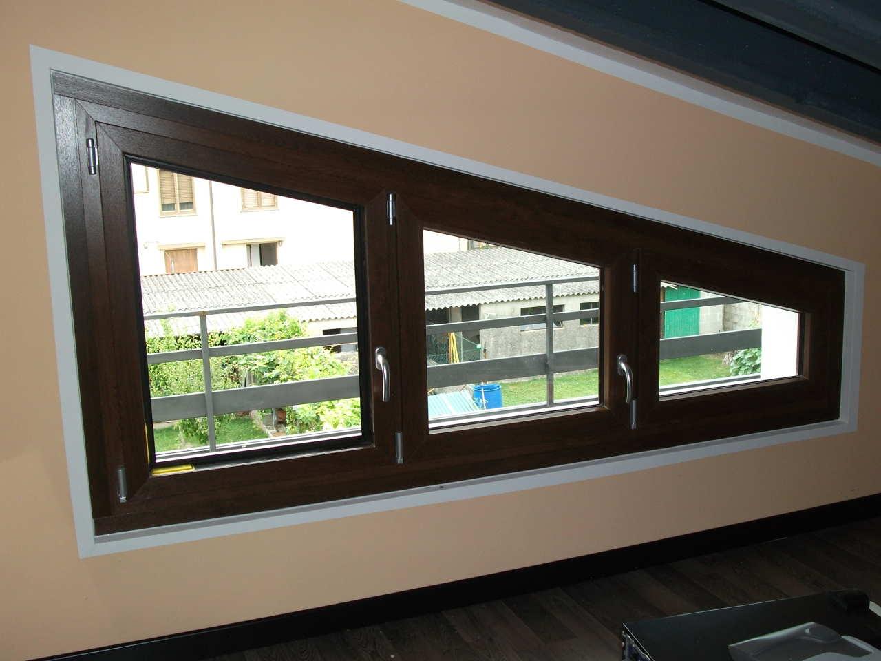 Contatti Ufficio Linea Emme Serramenti Realizzazioni In Pvc Finestre E Porte 22