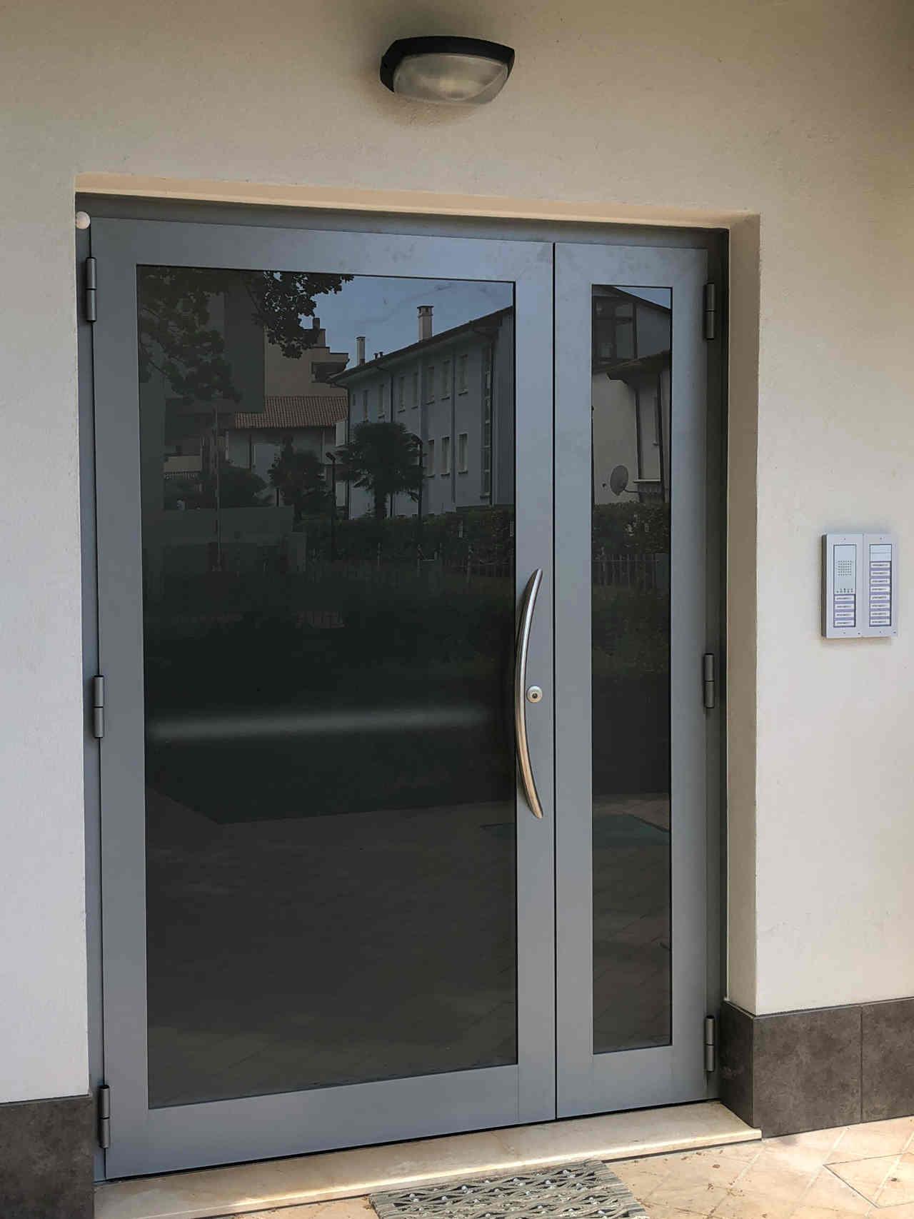 Contatti Ufficio Linea Emme Serramenti Realizzazioni In Pvc Finestre E Porte 30