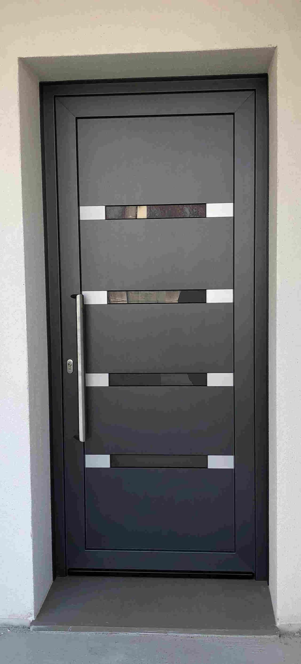 Contatti Ufficio Linea Emme Serramenti Realizzazioni In Pvc Finestre E Porte 41