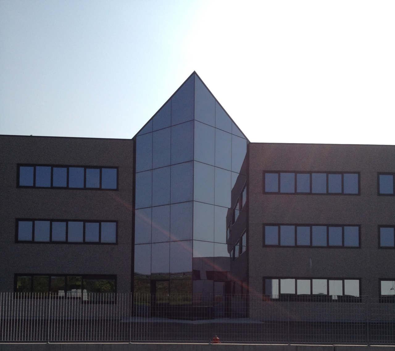 Contatti Ufficio Linea Emme Serramenti Realizzazioni In Pvc Finestre E Porte 62