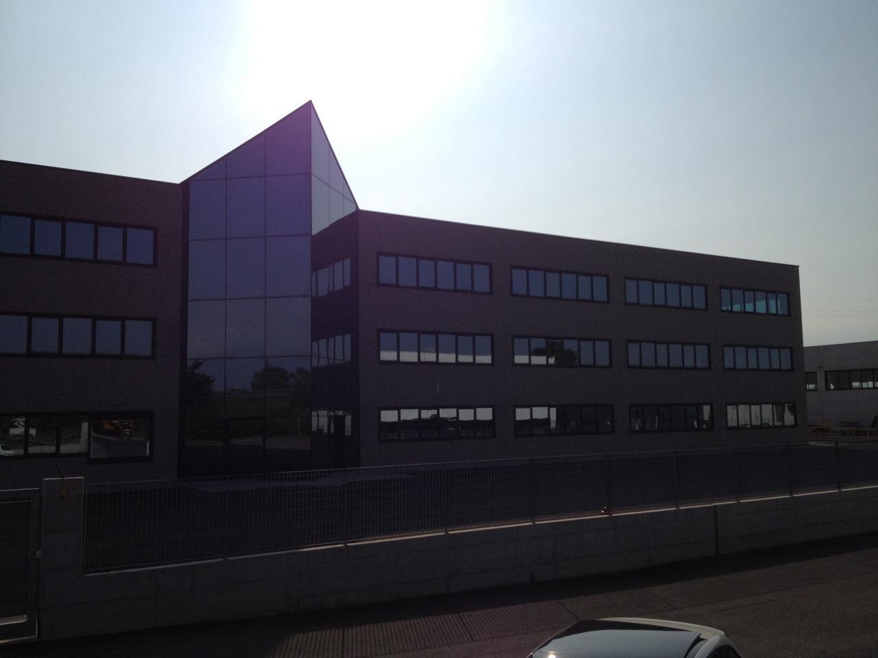 Contatti Ufficio Linea Emme Serramenti Realizzazioni In Pvc Finestre E Porte 63